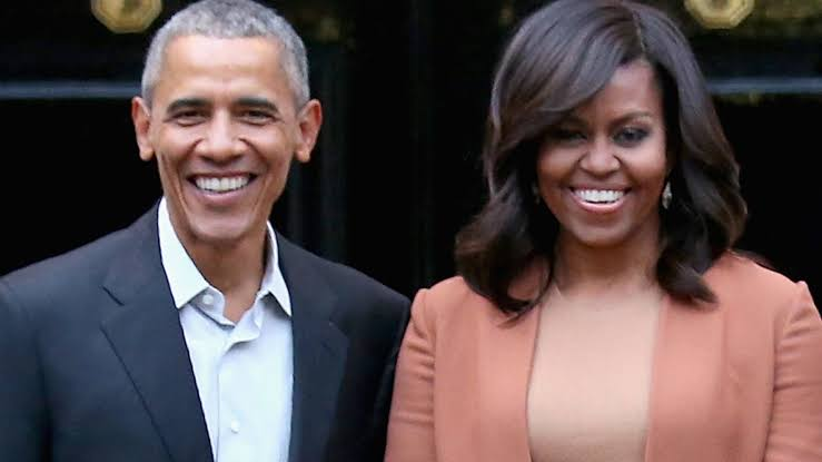 Barack Obama eulogises wife as she turns 56