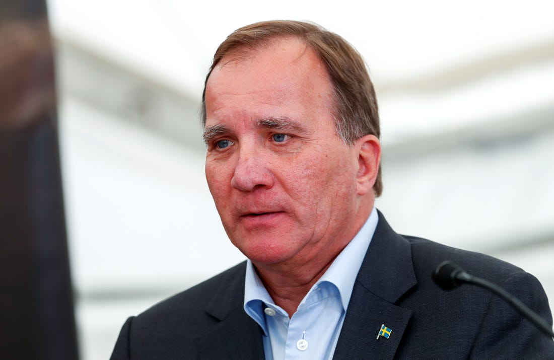Swedish government postpones unemployment agency reform to defuse crisis
