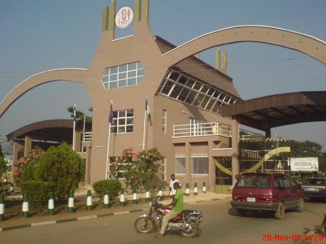 UNIBEN hails pioneer members of COVID-19 Surveillance Club