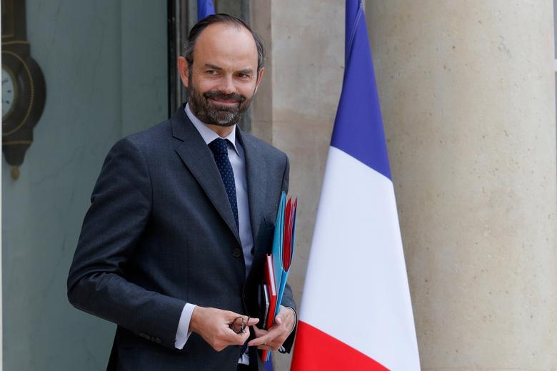 French government exempts people born before 1975 from pension reform