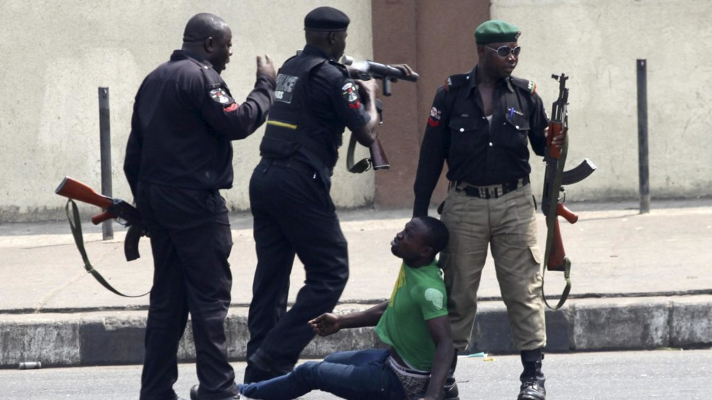 Police in Anambra shoots two to death over enforcement movement restriction