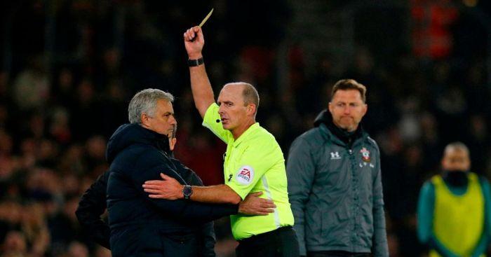 Mourinho, Booking,