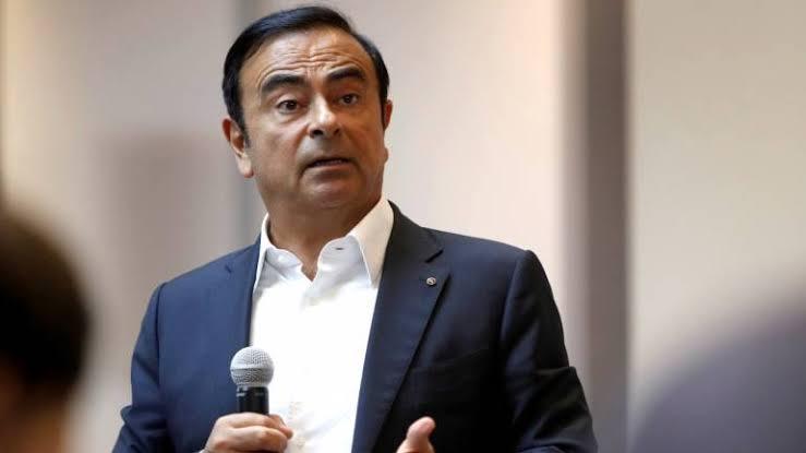 Carlos Ghosn, Japan, Lebanon, Airport