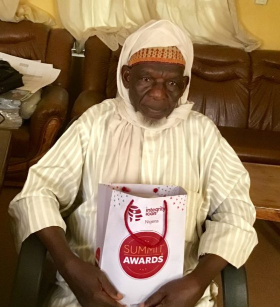 Champion of Integrity awards pensioner who returned excess gratuity