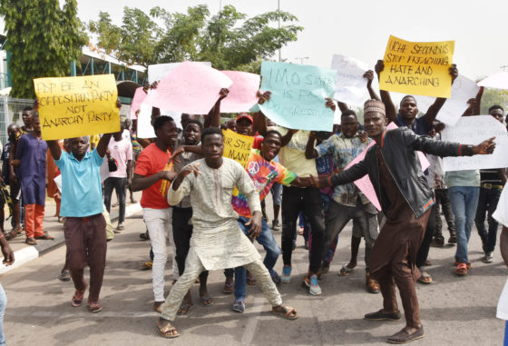 Ihedioha vs Uzodinma: APC organises counter-protest in Abuja