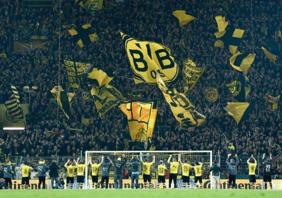 Dortmund's 'Yellow Wall': the 'gigantic monster' lying in wait for PSG