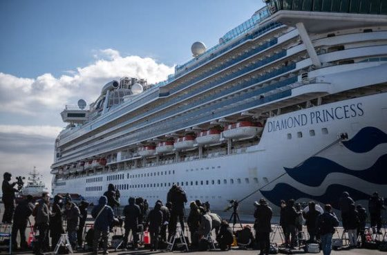 Love boat: Valentine's Day on a quarantine cruise