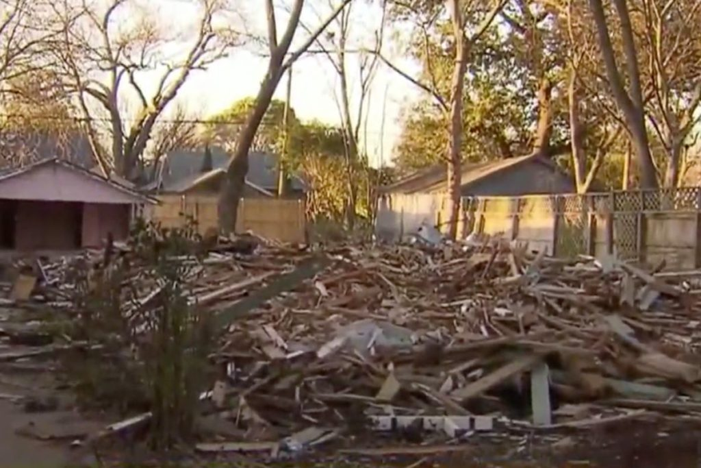 Texas, Demolition
