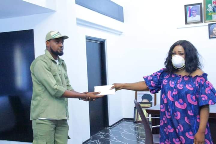 Corps member donates allowance to COVID-19 fight in Cross River