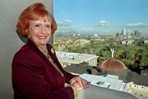 Jane Hull, first woman elected Arizona governor, dies at 84