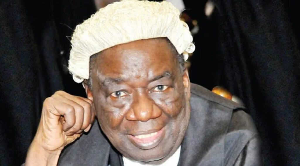 Oba Alao extols Akinjide, says he's revered statesman