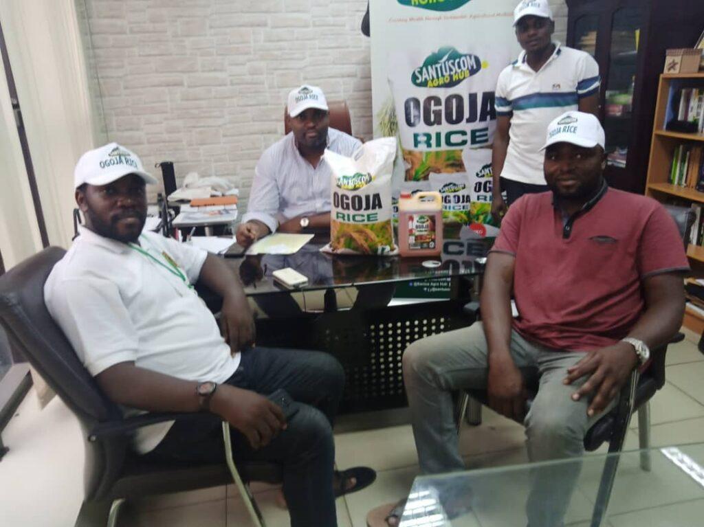 COVID-19: Santuscom MD distributes rice, palm oil in Abuja
