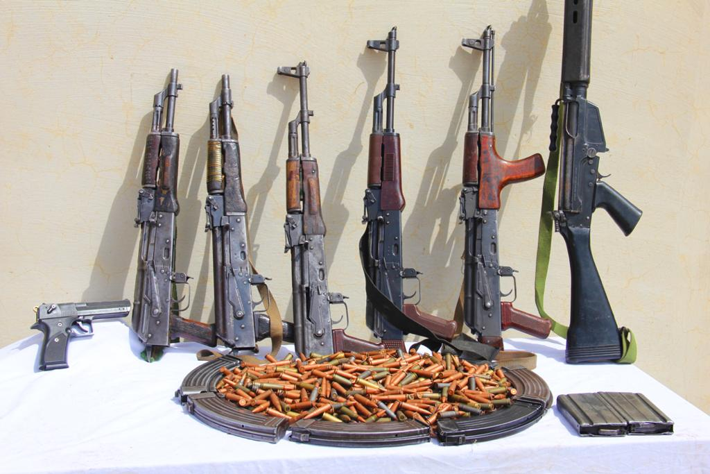 Police arrest female armourer, recover 21 stolen cars from robbery gang