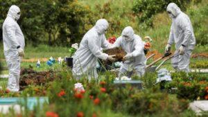 Coronavirus pandemic dead give Indian gravedigger sleepless nights