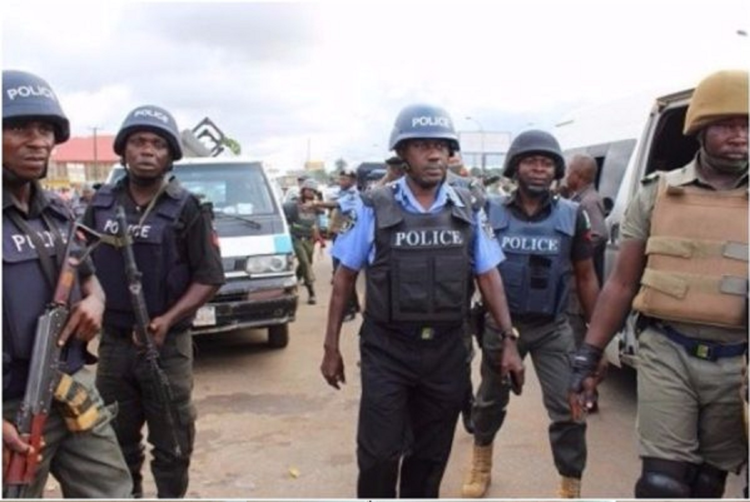 Oyo's Operation Burst parades robbery gang in Ibadan