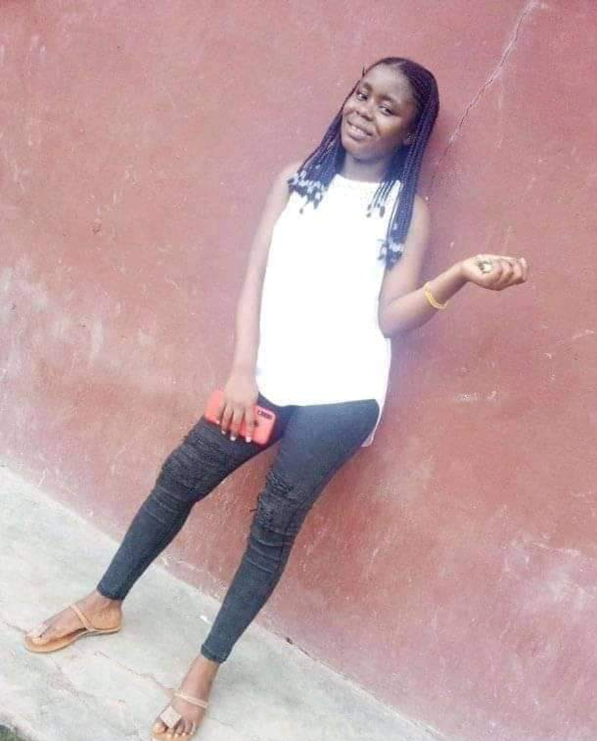 After killing 2, fleeing truck driver crushes only child to death in Cross River