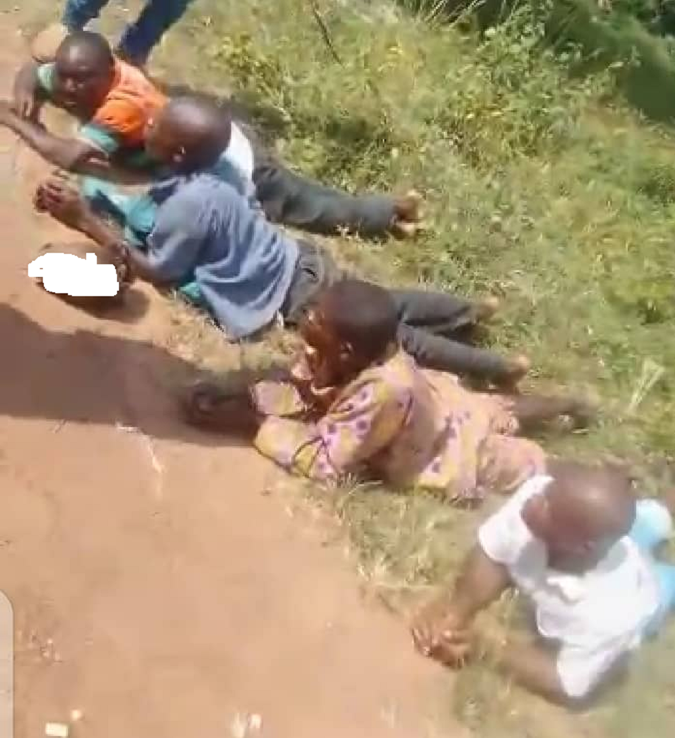 Four grave diggers caught with five human heads in Ondo