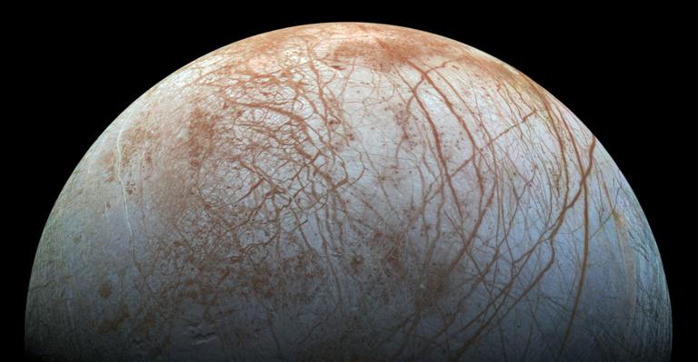 Ocean in Jupiter's moon Europa could host life, scientists believe