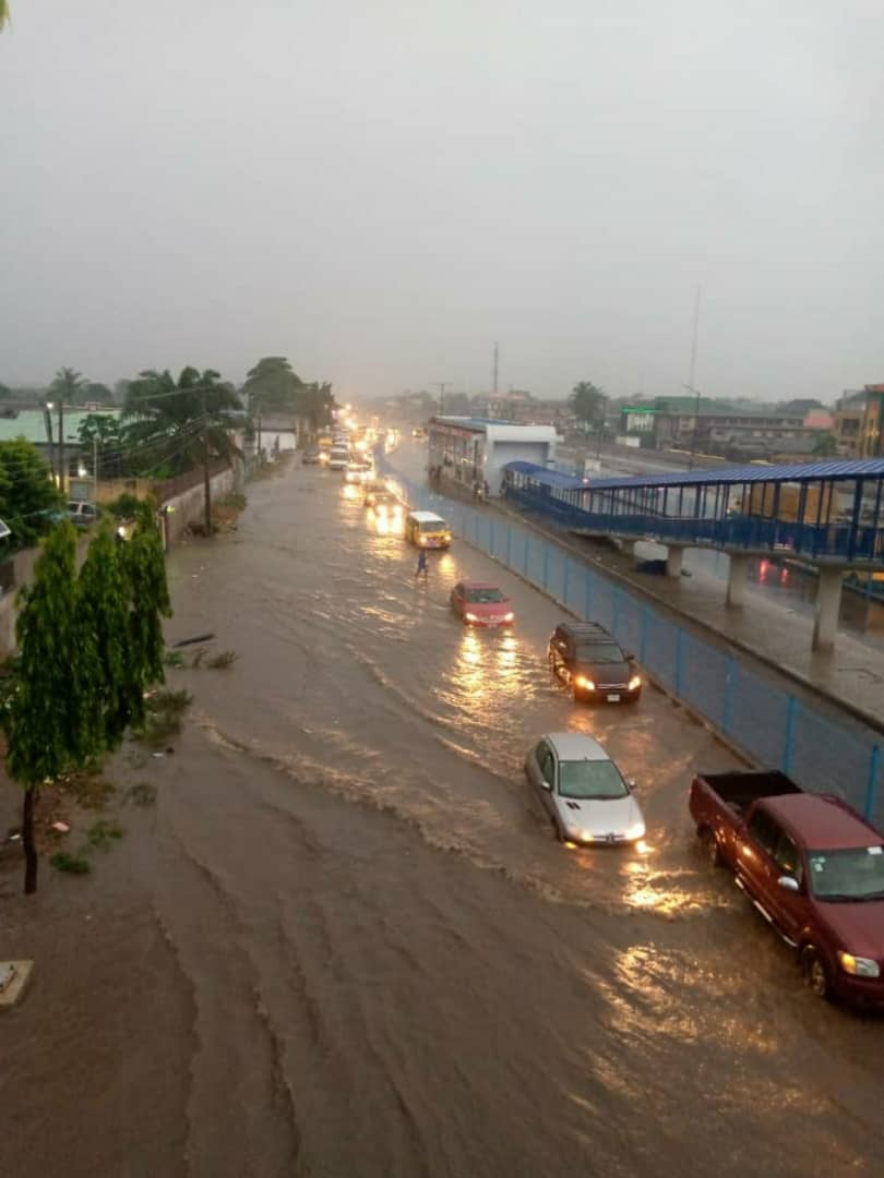 Flood submerge Lagos