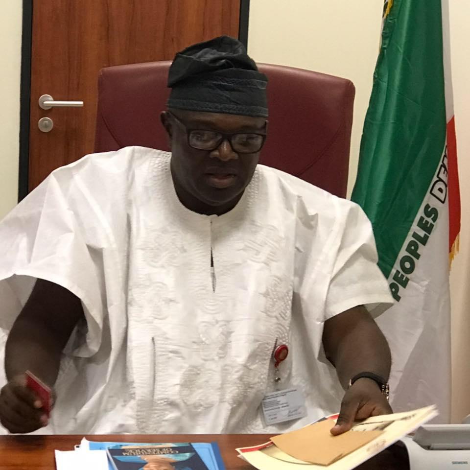 PDP senator who sacked 92 aides denies plan to join APC