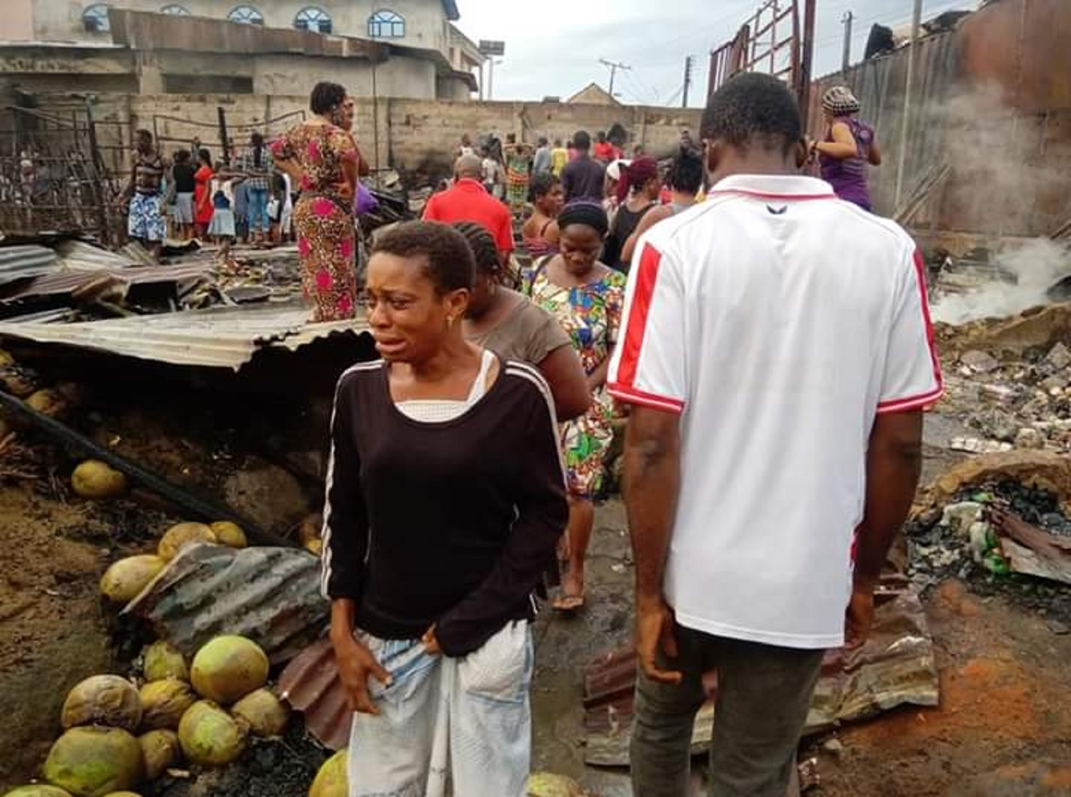 Fire guts over 100 shops, goods in Calabar market