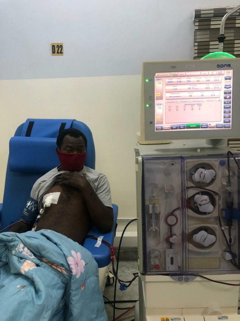 Kidney failure: Nigerians beg Osun Gov Oyetola to save his indigene, Oyetade Alalade