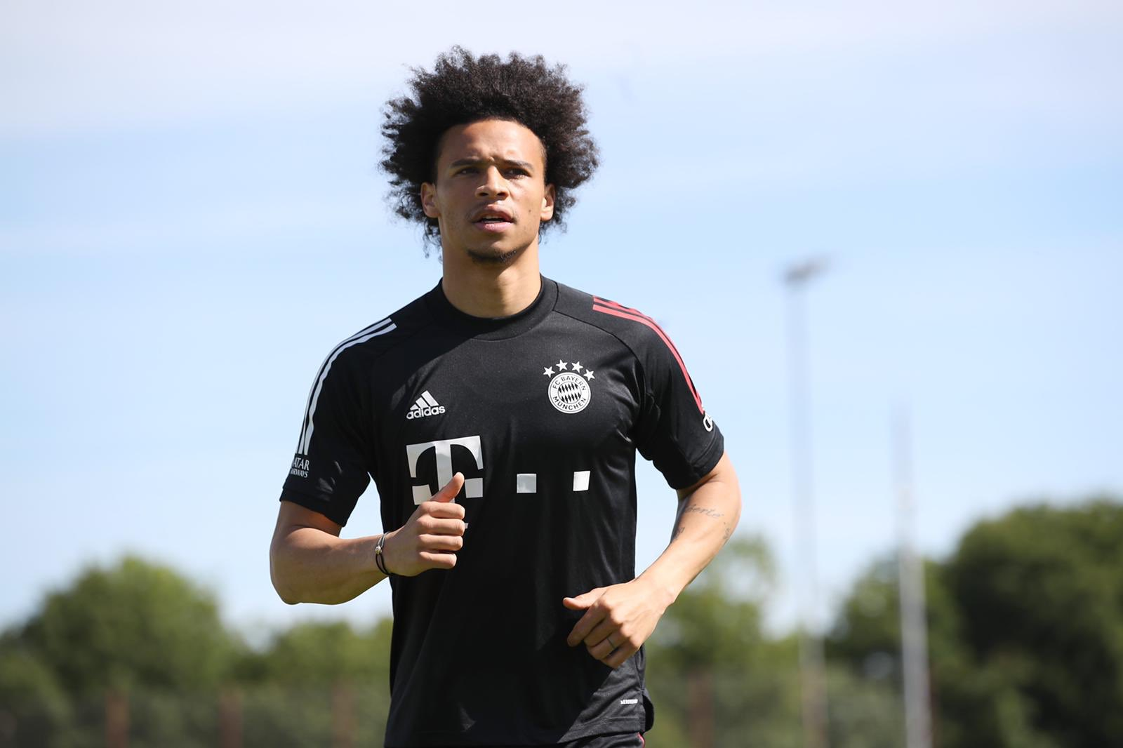 Sane reports for first Bayern training session