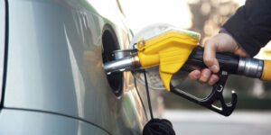 Higher gasoline prices fuel Canada inflation