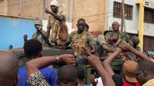 Mutinying soldiers arrest Mali President Keita, PM Cisse