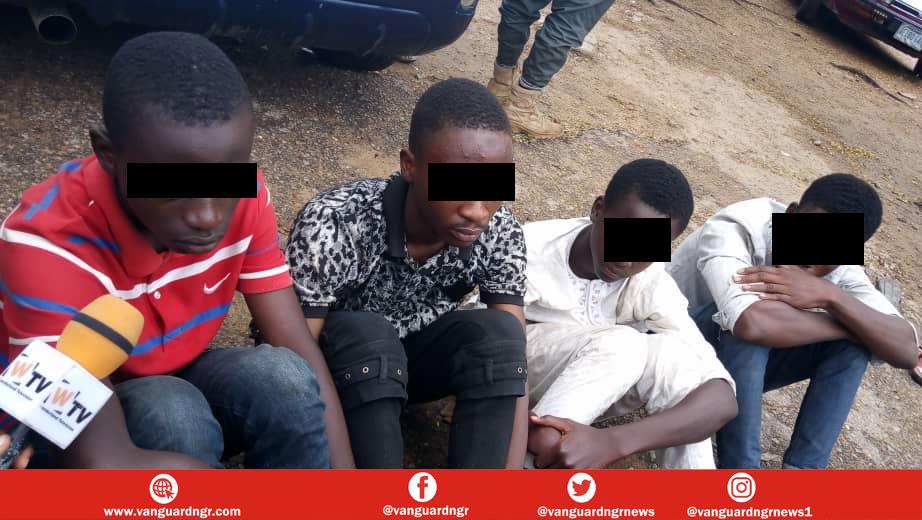Kidnap gang of teenagers