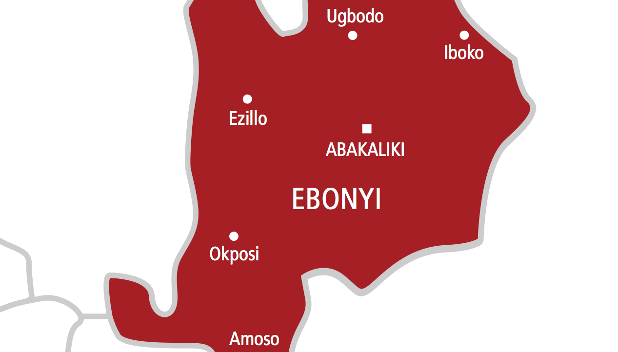 The Ebonyi government, on Sunday, imposed a curfew on Effium in Ohaukwu Local Government Area of the state, as a step towards restoring peace in the community.