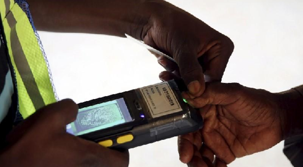Edo 2020: Card Readers fail to authenticate fingerprints in Esan West, Central