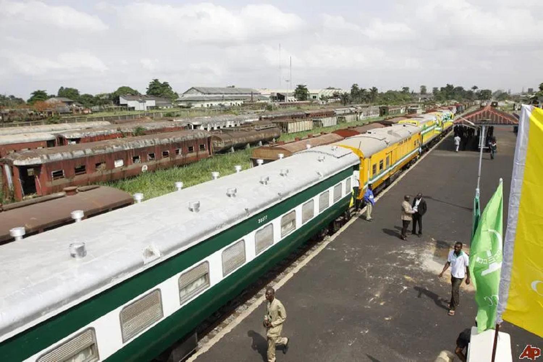 UPDATED: FG commissions Itakpe-Warri rail line
