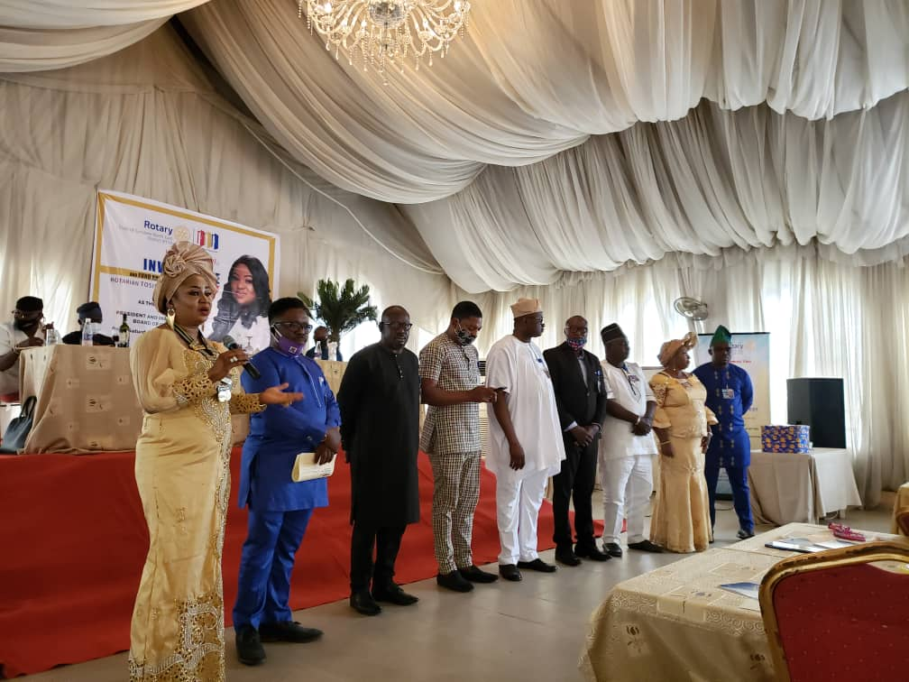 Resumption: Rotary to donate 150 school bags, 500 dictionaries to Lagos pupils