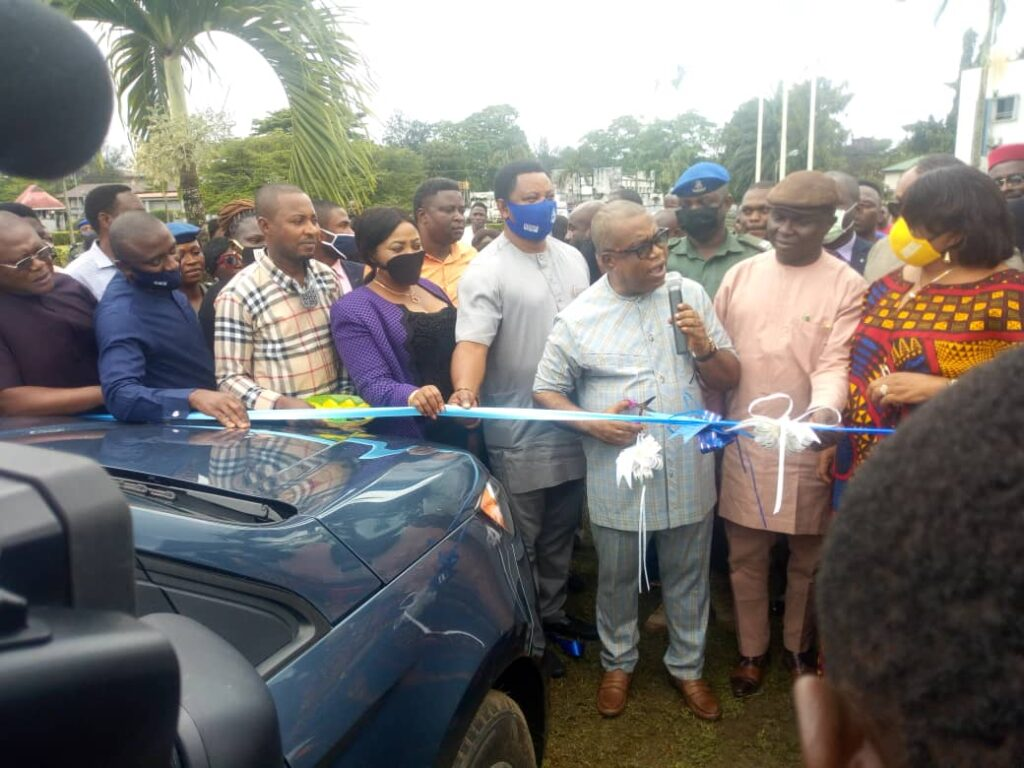 Ayade donates 54 SUVs to Council officials in C'River