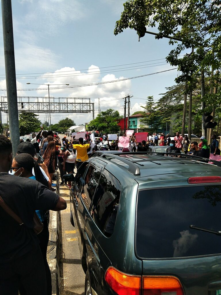 EndSARS Protesters block major roads, streets in Calabar