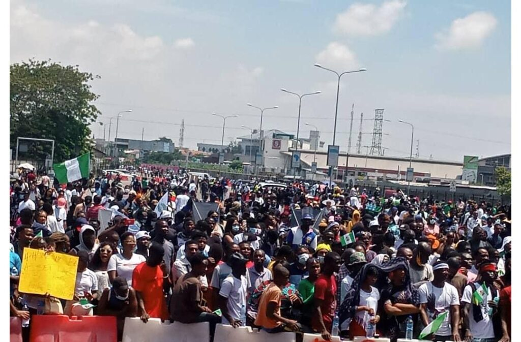 Labour unions decry killing of innocent protesters in Lagos