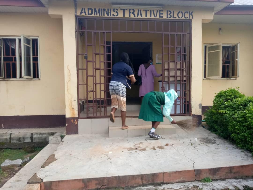 F 2 PHOTOS: Schools resume in FCT