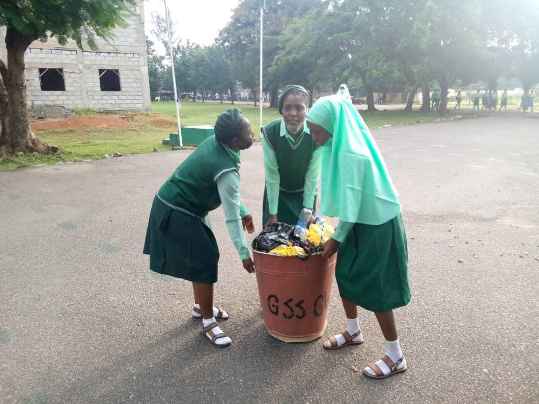 F 3 PHOTOS: Schools resume in FCT