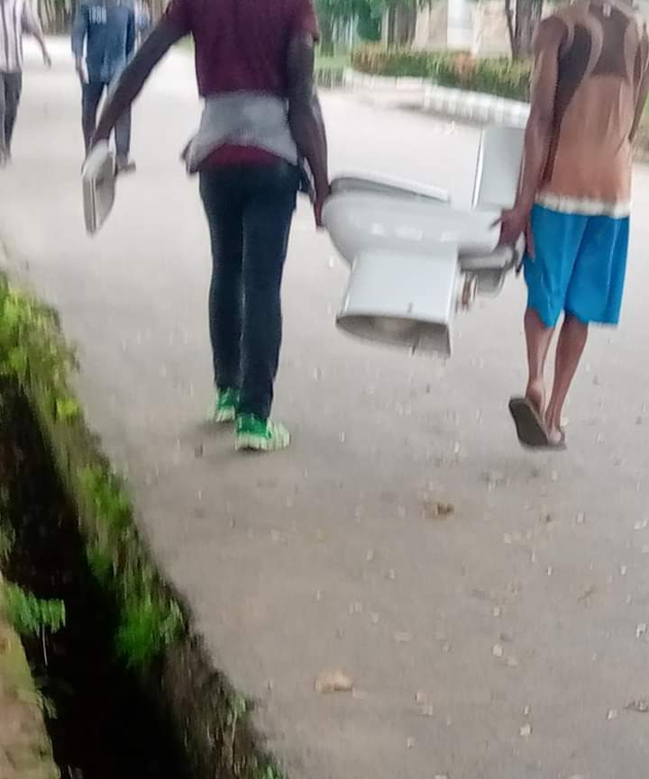 FG pre-empt further looting of Silos in Ekiti