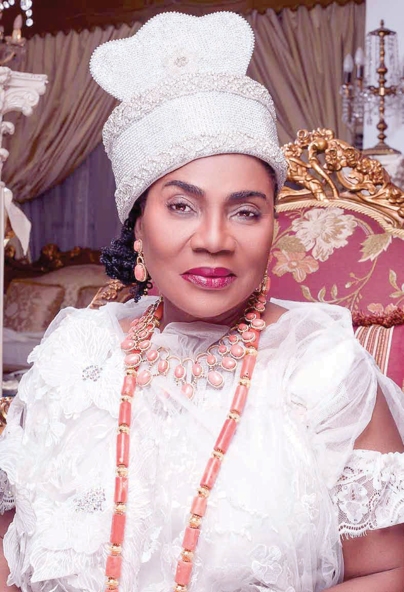 Looting of Oba's Palace: Erelu of Lagos calls for youth education