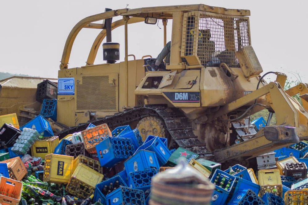 Hisbah destroys over N200 million beers in Kano