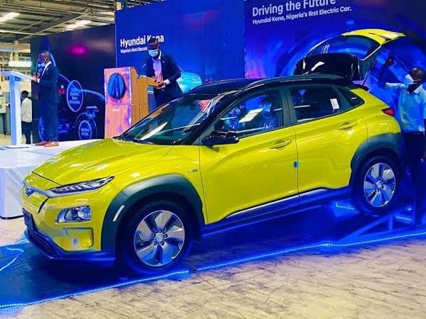 Sanwo-Olu unveils Nigeria´s first electric car