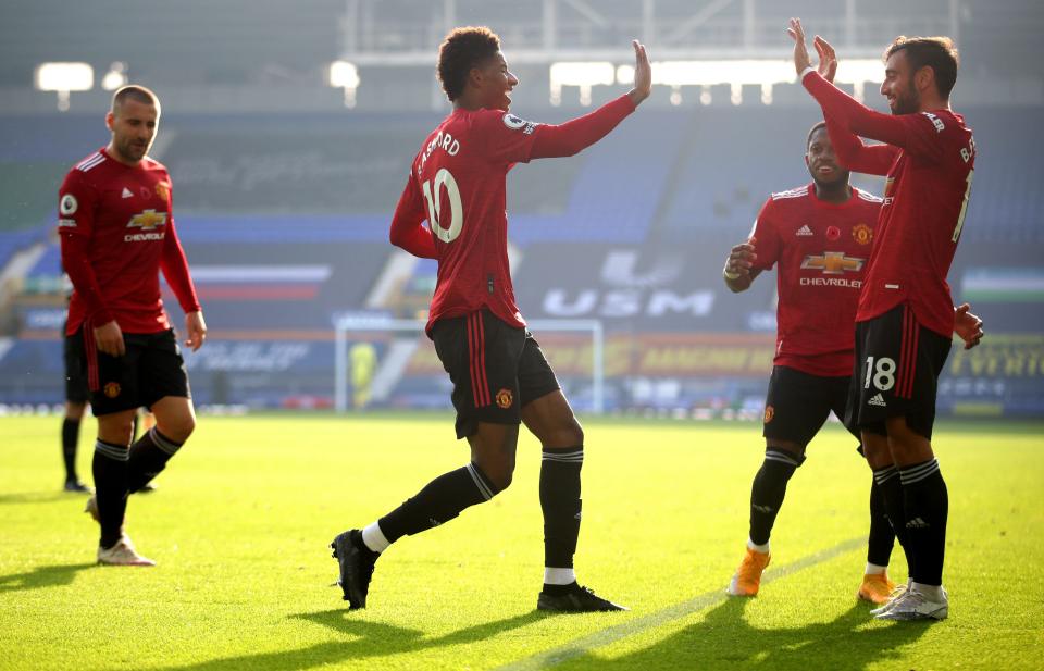 Bruno Fernandes stars as Man United brush Everton 3-1