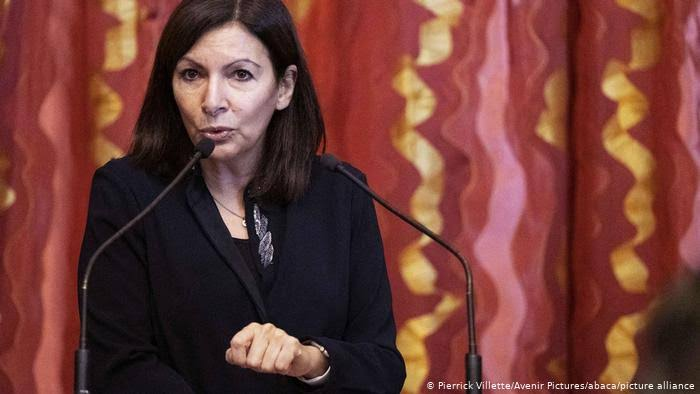 France fines Paris City Hall for appointing many women