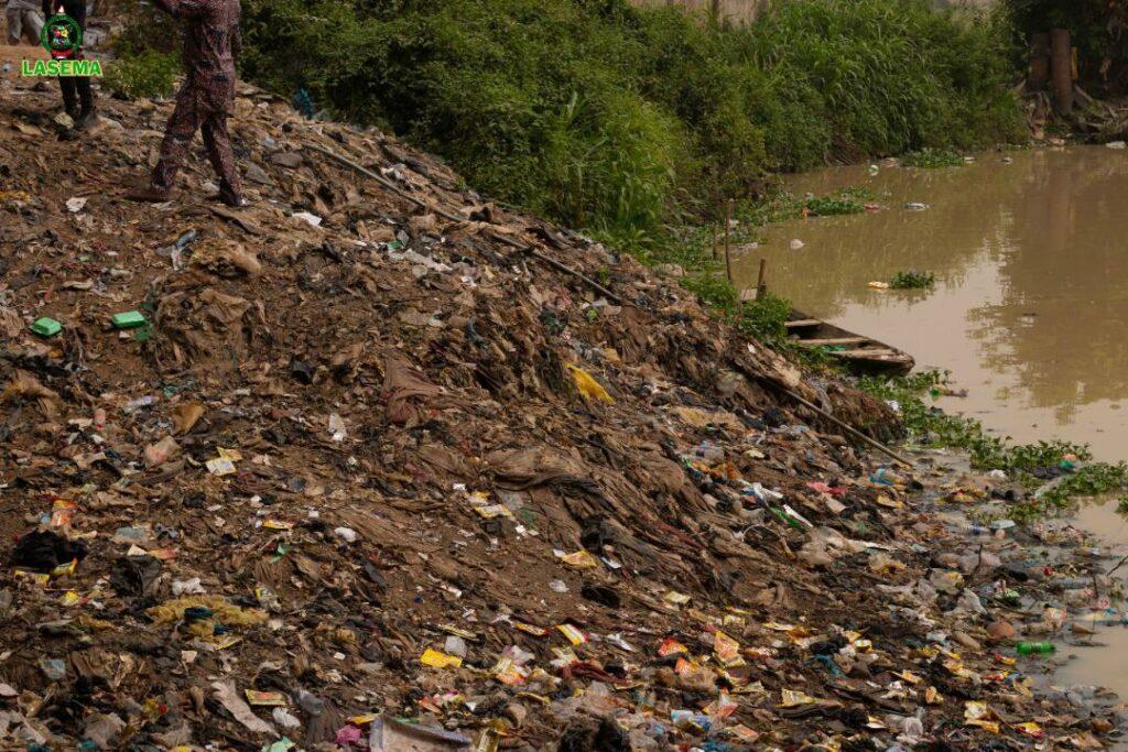 LASEMA raises alarm over indiscriminate disposal of refuse at Kara Market