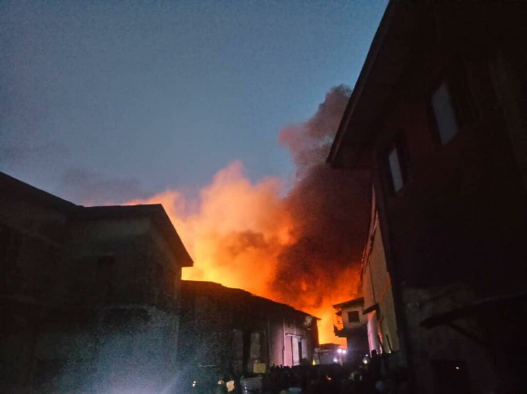 BREAKING: Iddo railway terminal on fire