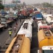 Gridlock: Miscreants flee, as soldiers return to Oshodi-Apapa expressway