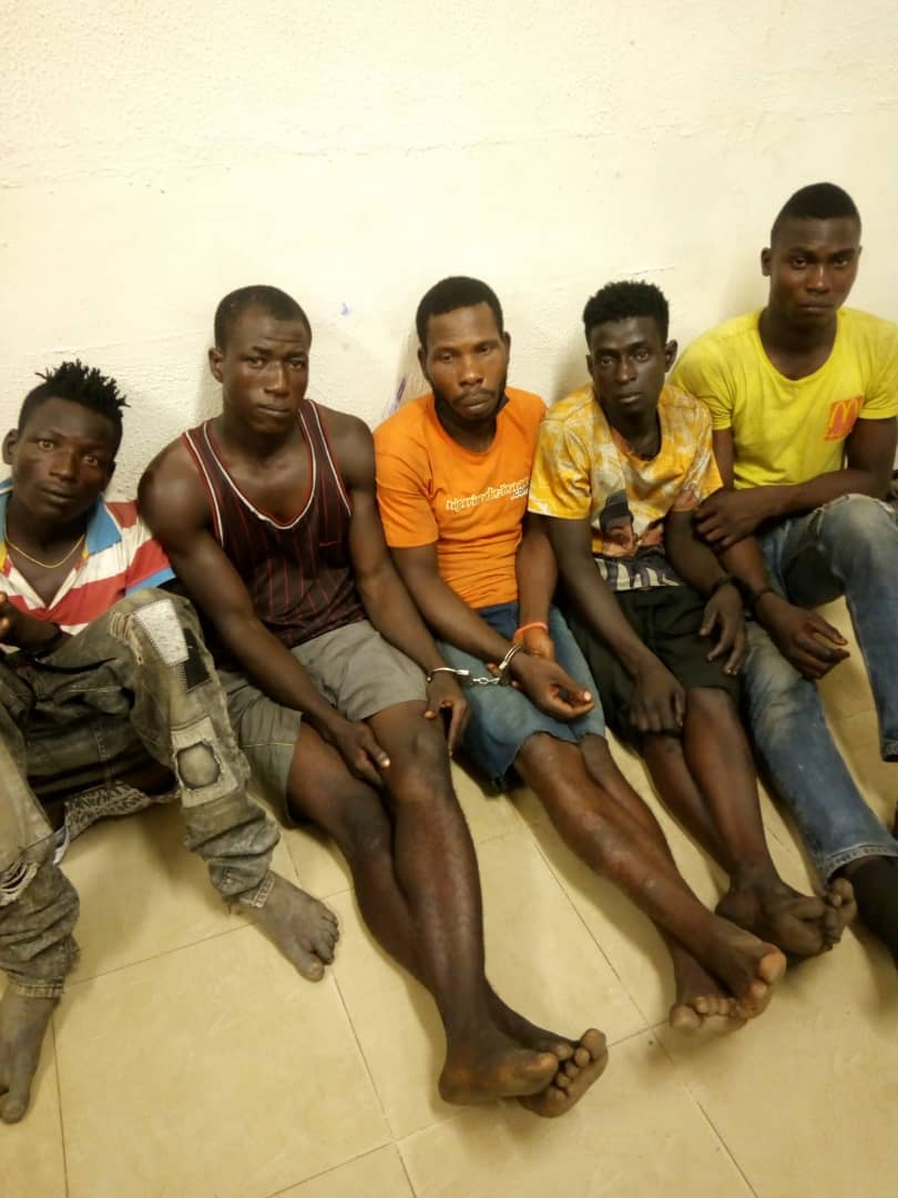 Police nab six suspected traffic robbery Kingpins, recover arms