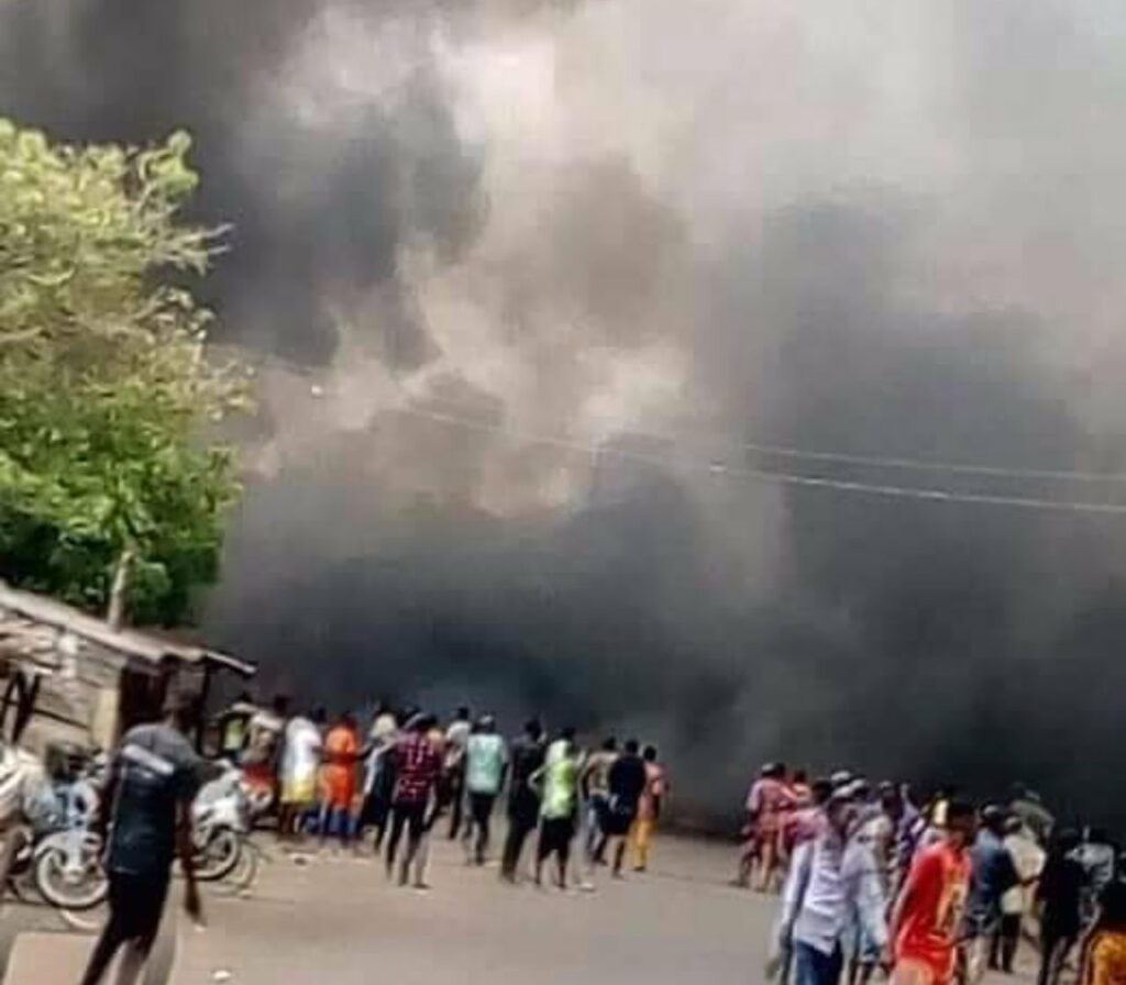 How explosion rocked Rivers market, injured two – Police